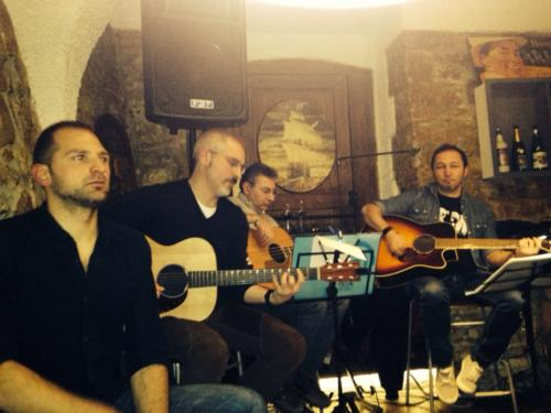 The Time Machine - Acoustic Band